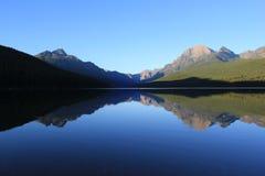 完善的反射在冰川国家公园2 库存照片