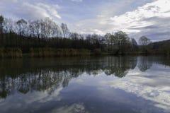 完善的反射,湖,达鲁瓦尔 库存照片