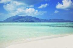 完善的热带天堂海滩,印度尼西亚 免版税图库摄影