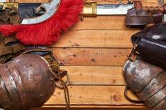 完成古希腊战士的作战设备的木板 图库摄影
