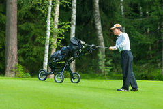 完成高尔夫球运动员他的japaneese摇摆 库存图片