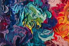 宏指令接近另外颜色油漆 五颜六色的丙烯酸酯 现代艺术概念 免版税库存图片