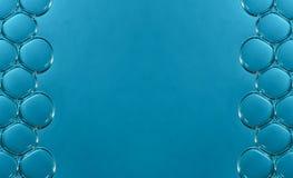宏观泡影在水中 免版税库存照片