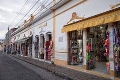 宗教对象商店在Buga哥伦比亚 库存照片