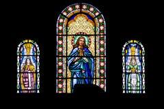 宗教彩色玻璃窗口在图象耶稣的 库存照片