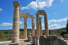宙斯寺庙在Nemea,伯罗奔尼撒,希腊 免版税库存照片