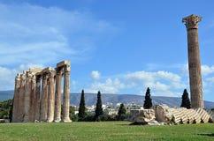 宙斯寺庙废墟在雅典希腊摄影的 图库摄影