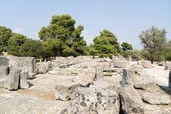 宙斯寺庙的废墟在奥林匹亚的 免版税库存图片