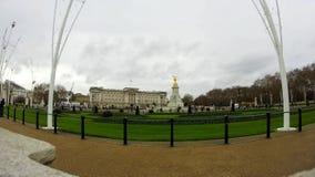 定期流逝白金汉宫,威斯敏斯特,伦敦,英国 影视素材