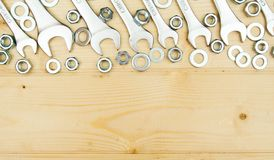 定象元素(坚果、洗衣机,螺丝)和 免版税库存照片