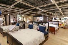 宜家商店的内部在波特兰,俄勒冈 宜家是世界的最大的家具零售商 免版税图库摄影