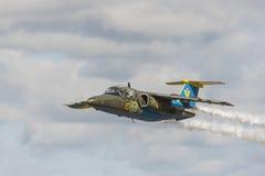 绅宝105架喷气机教练机 图库摄影