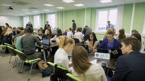 实用治导工程在商学院 训练的现代形式 在学生队中的教育竞争 影视素材
