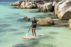 实践桨海浪 库存照片