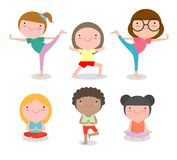 实践瑜伽,愉快的动画片孩子的孩子实践瑜伽,儿童瑜伽行使 健康生活方式 库存例证
