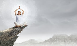实践的夏天火鸡瑜伽 免版税图库摄影