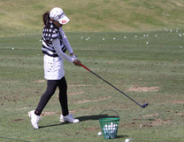 实践的球员在阿那启发打高尔夫球比赛2015年 库存照片