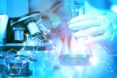 实验室研究-化工背景的科学玻璃器皿 向量例证