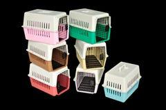 宠物旅行的载体集合与在被隔绝的黑色的一只宠物 图库摄影