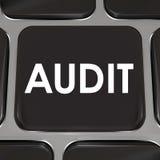 审计键盘计算机键盘税务会计回顾簿记 皇族释放例证