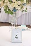 客人与数字的婚礼桌,特写镜头 图库摄影