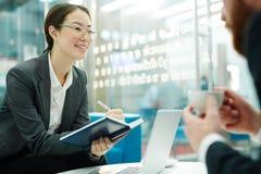 客户联系经理在会议 免版税库存照片