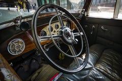 客舱豪华汽车奔驰车Typ Nuerburg 500, 1933年 图库摄影