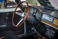 客舱紧凑行政汽车阿尔法・罗密欧朱莉娅超级1 3日1972年 免版税库存图片