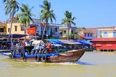 客船在会安市,越南联合国科教文组织世界遗产名录 库存图片