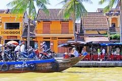 客船在会安市,越南联合国科教文组织世界遗产名录 图库摄影