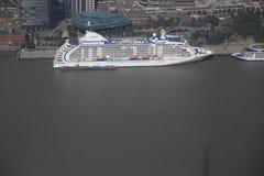 客轮在上海 库存照片