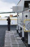 宣扬处理中央通风系统的单位屋顶 免版税图库摄影