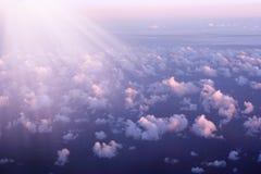 宣扬海洋日落视图 库存图片