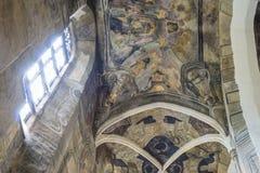 室内内部 在被保存的老教会里新生的室内装璜和墙壁绘画在Drogobigh,乌克兰 纪念碑 库存图片