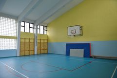室内学校健身房 免版税库存图片