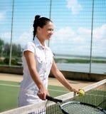 室内网球妇女年轻人 库存照片