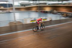 室内自行车赛 免版税库存照片