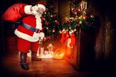 室圣诞老人 免版税库存照片