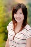 室外亚裔美丽的女孩 免版税库存图片