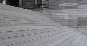 室外具体台阶的外部,扶手栏杆,水泥 影视素材