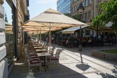 室外咖啡馆在贝尔格莱德 免版税库存图片