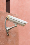 室外安全监控相机 免版税库存照片
