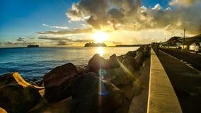 室外海日落旅游的水 免版税图库摄影