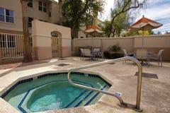 室外激昂的浴盆池 免版税库存照片