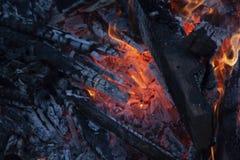 室外火焰状的火 库存照片