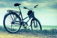 室外的自行车 库存照片
