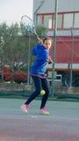 室外网球的学校 免版税库存图片
