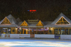 室外滑冰场在Pyatigorsk (俄罗斯) 免版税库存照片