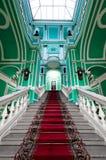 宫殿俄语楼梯 免版税库存图片