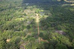宫殿公园的看法从锡吉里耶岩石的顶端 斯里南卡 图库摄影